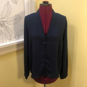 F21   NWT Navy Button-Up Blouse